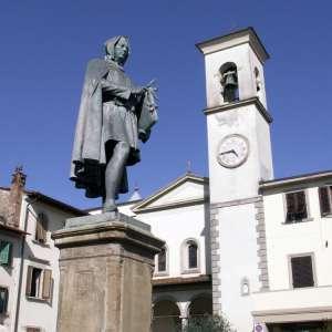 Piazza Giotto a Vicchio