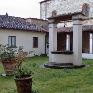 Centro documentazione archeologica - Chiostro della Pieve di S. Agata